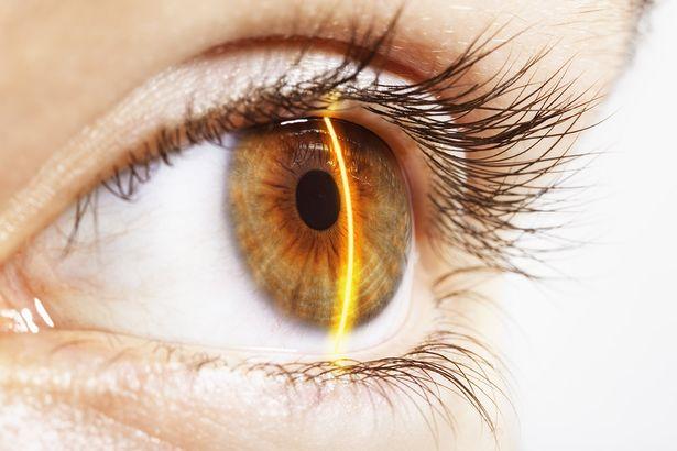 Los ojos biónicos para los ciegos ya son una realidad