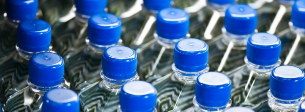 Esta enzima recicla botellas de plástico en unas horas