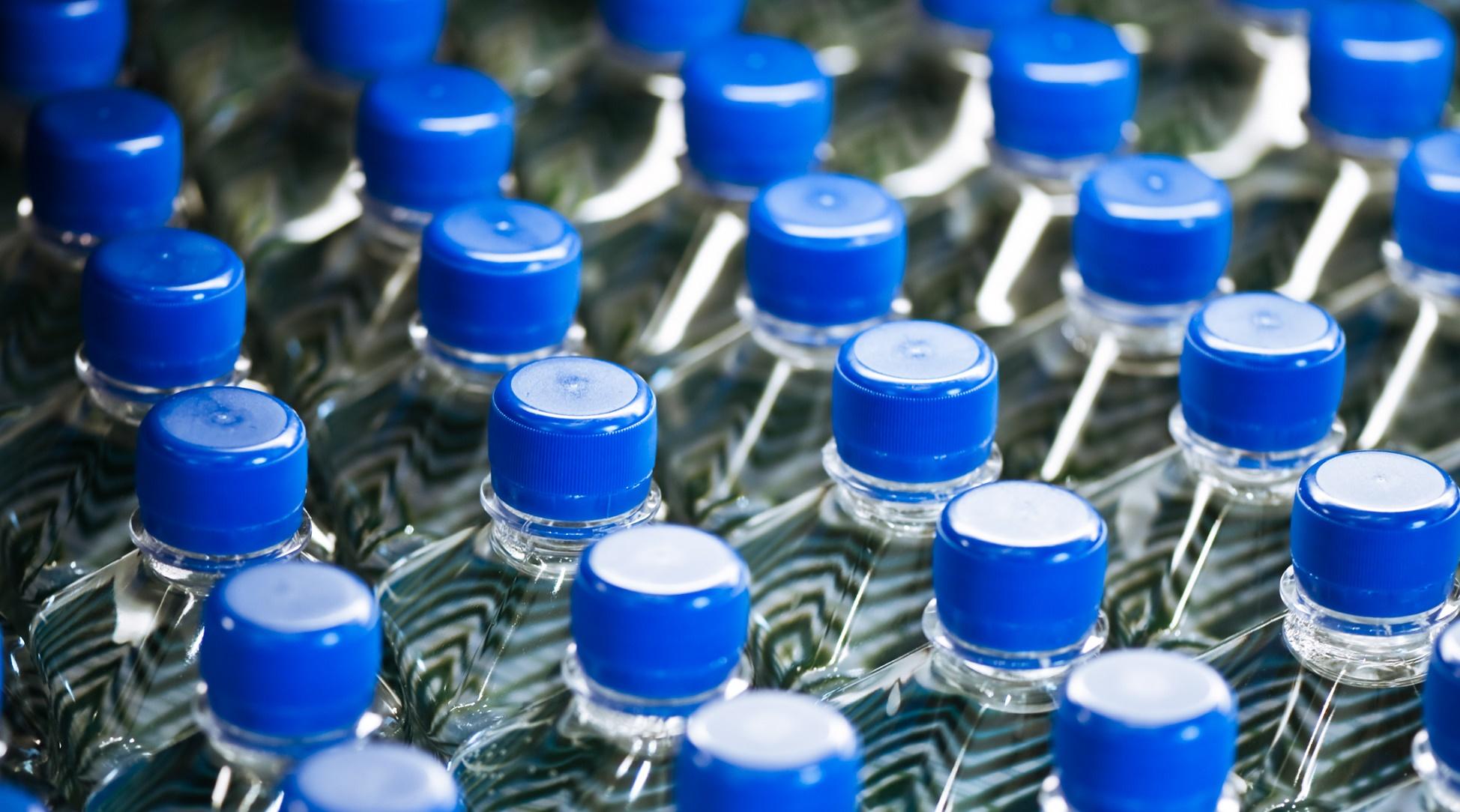 Esferas de agua: la alternativa a las botellas de plástico