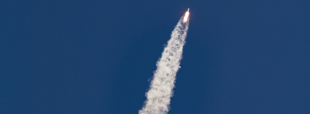El histórico aterrizaje del cohete Falcon 9 de Elon Musk