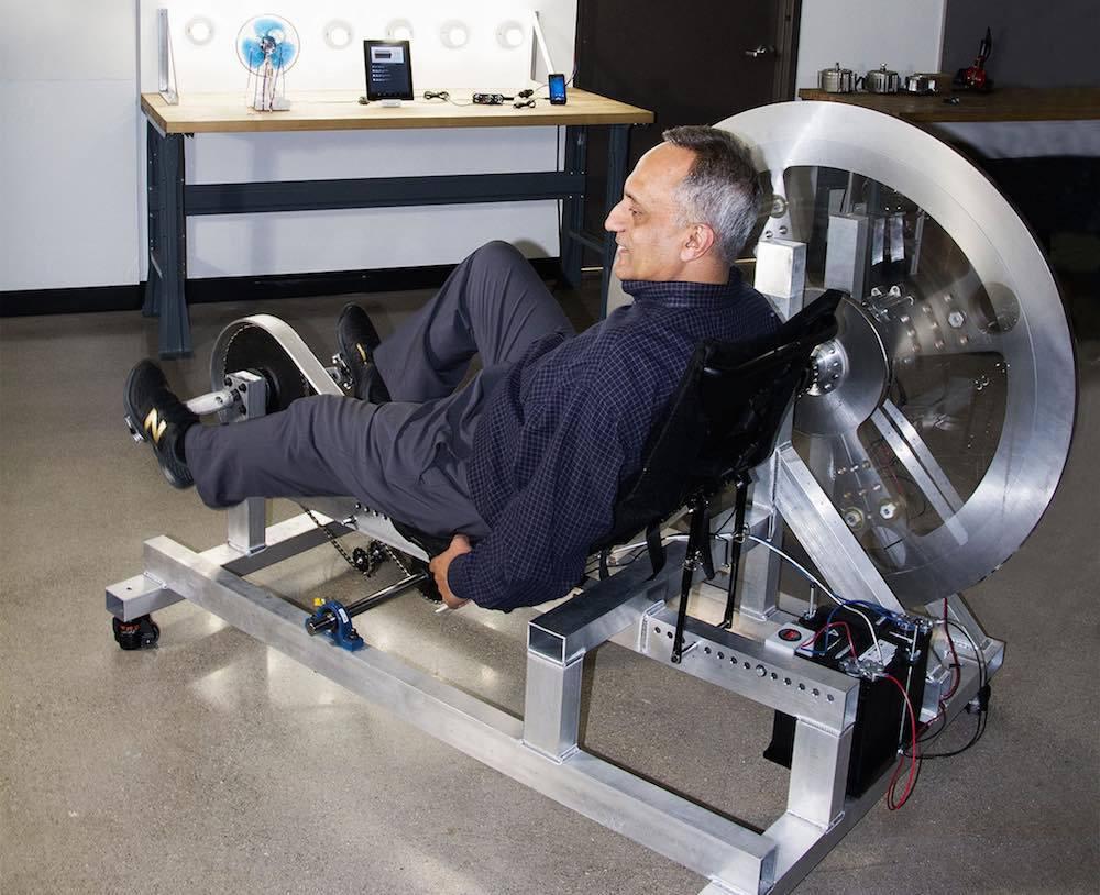 Cómo generar 24 horas de energía para tu casa a golpe de pedaleo