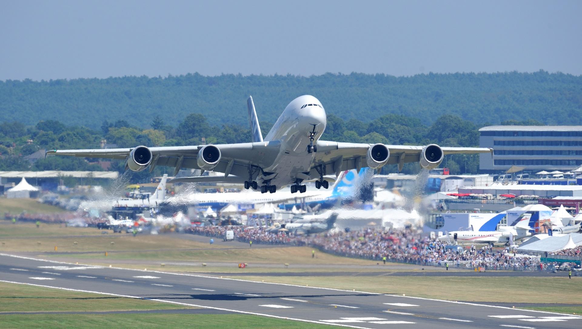 La inteligencia artificial de Google ya es capaz de predecir retrasos en vuelos