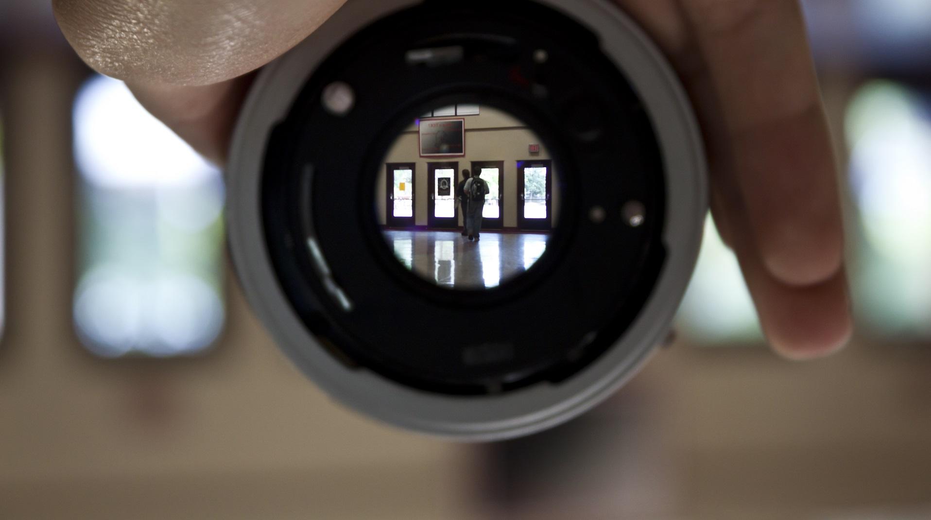 Esta cámara de papel tiene 6 milímetros de grosor