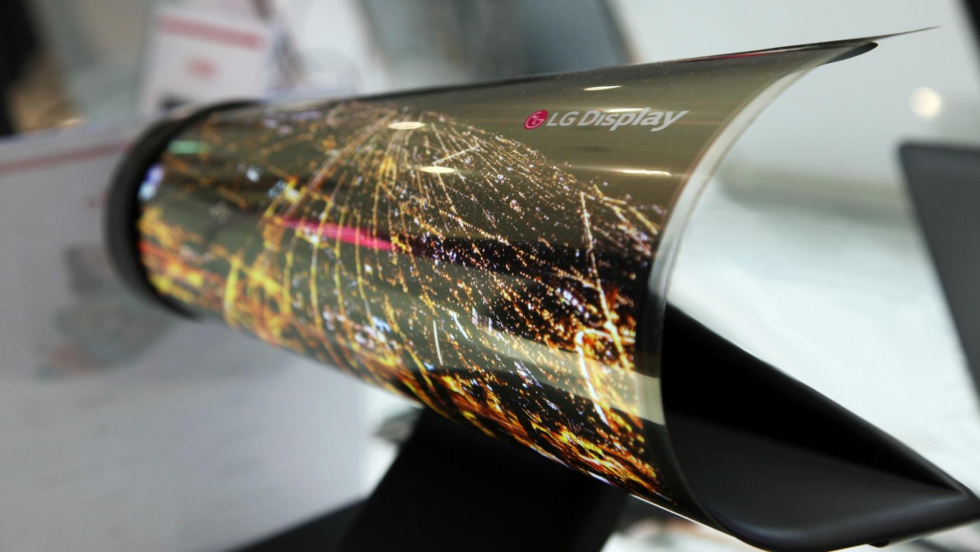 Esta pantalla de LG se puede enrollar como si fuera un papel