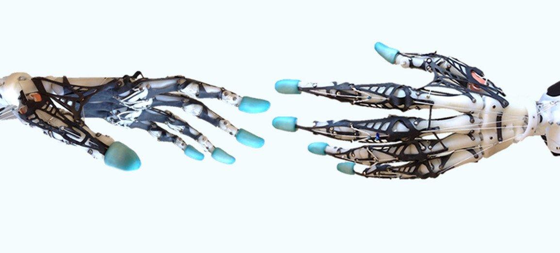 El funcionamiento de la mano robótica más humana