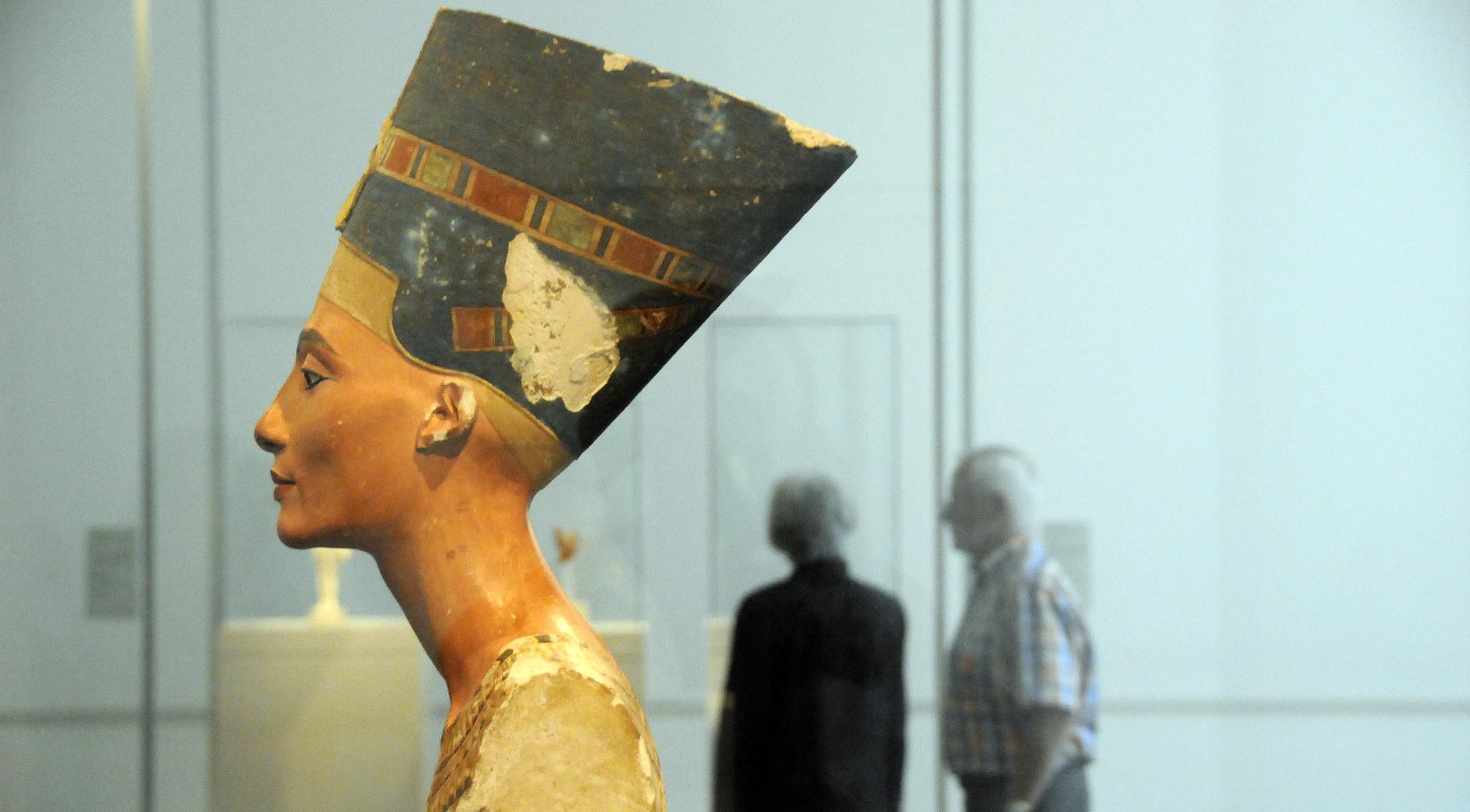 Ya puedes imprimir en 3D una reproducción del busto de Nefertiti