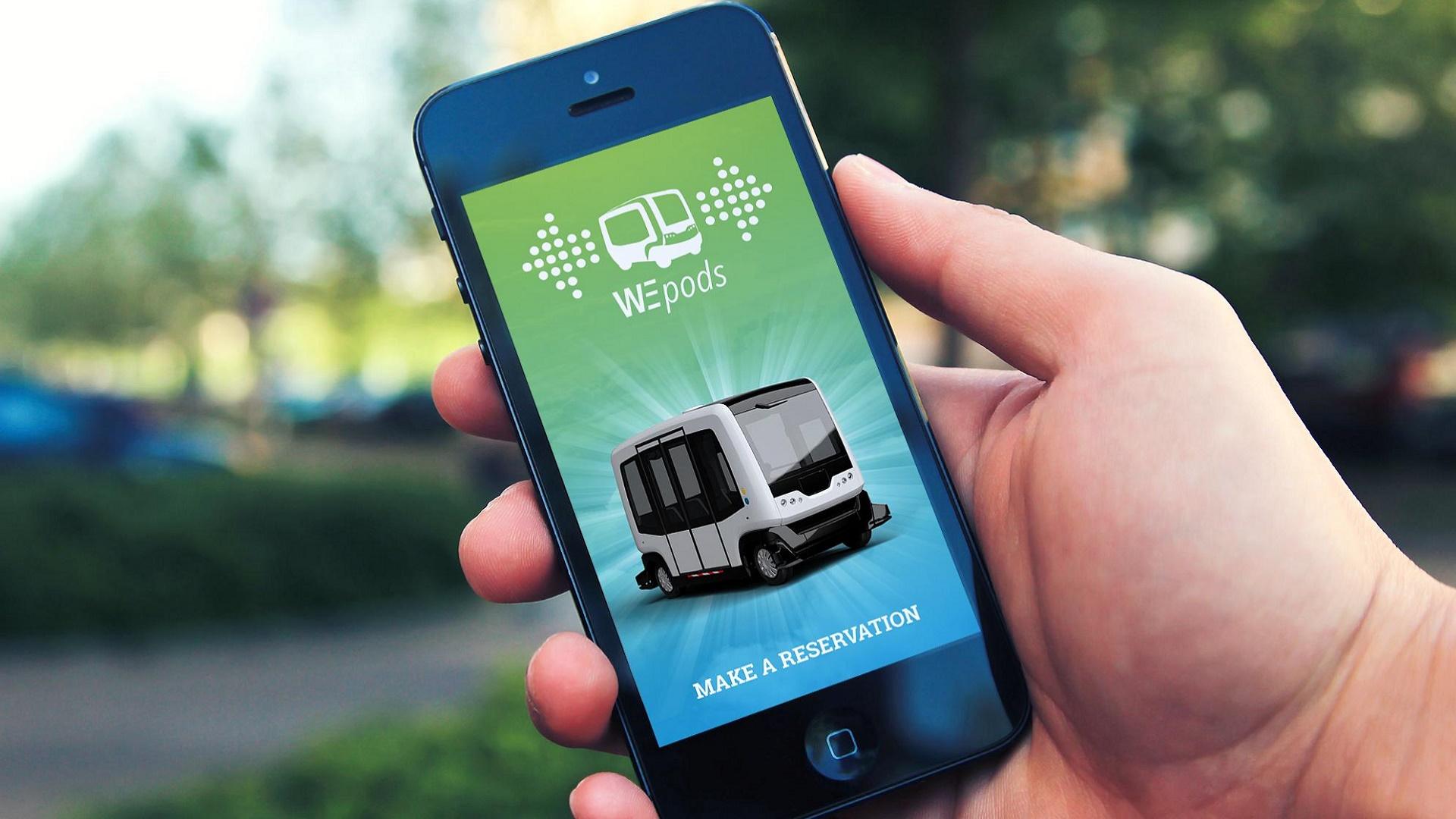 El primer microbús autónomo sale a la calle en Holanda