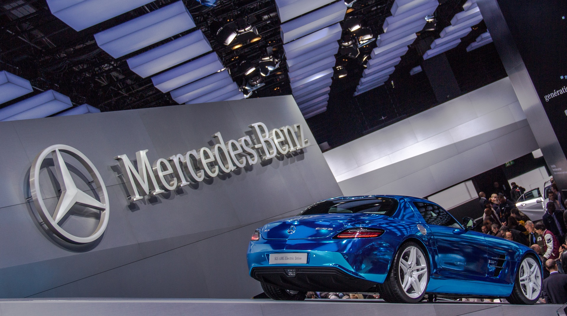 Daimler invierte 500 millones de euros en una fábrica de baterías