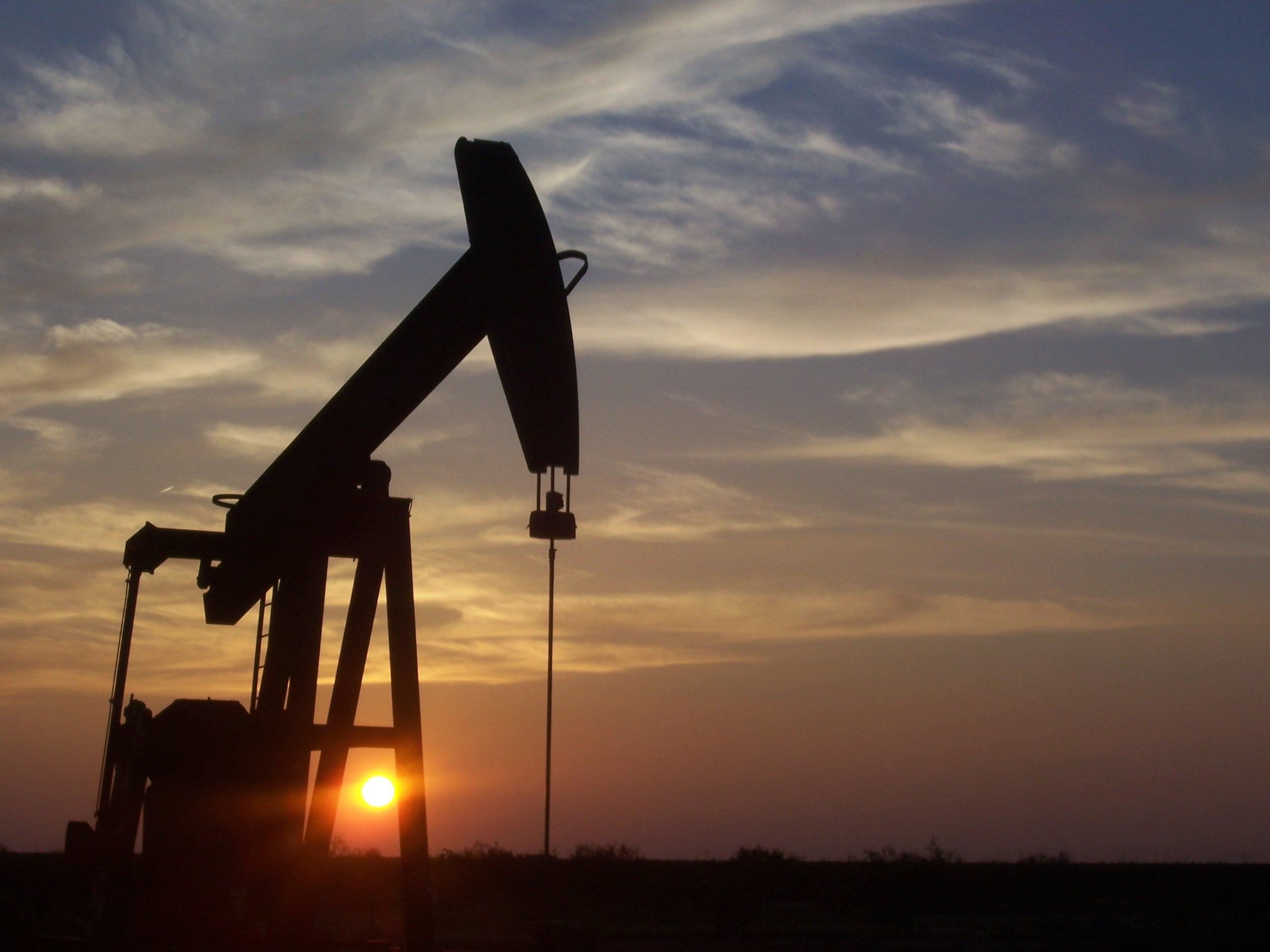 Las matemáticas pueden predecir los cambios en los precios del petróleo