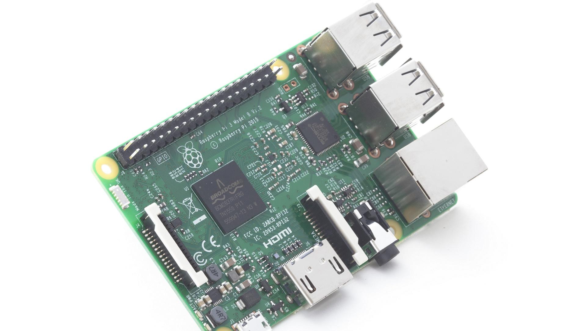 Raspberry Pi 3, diez veces más rápida que la original