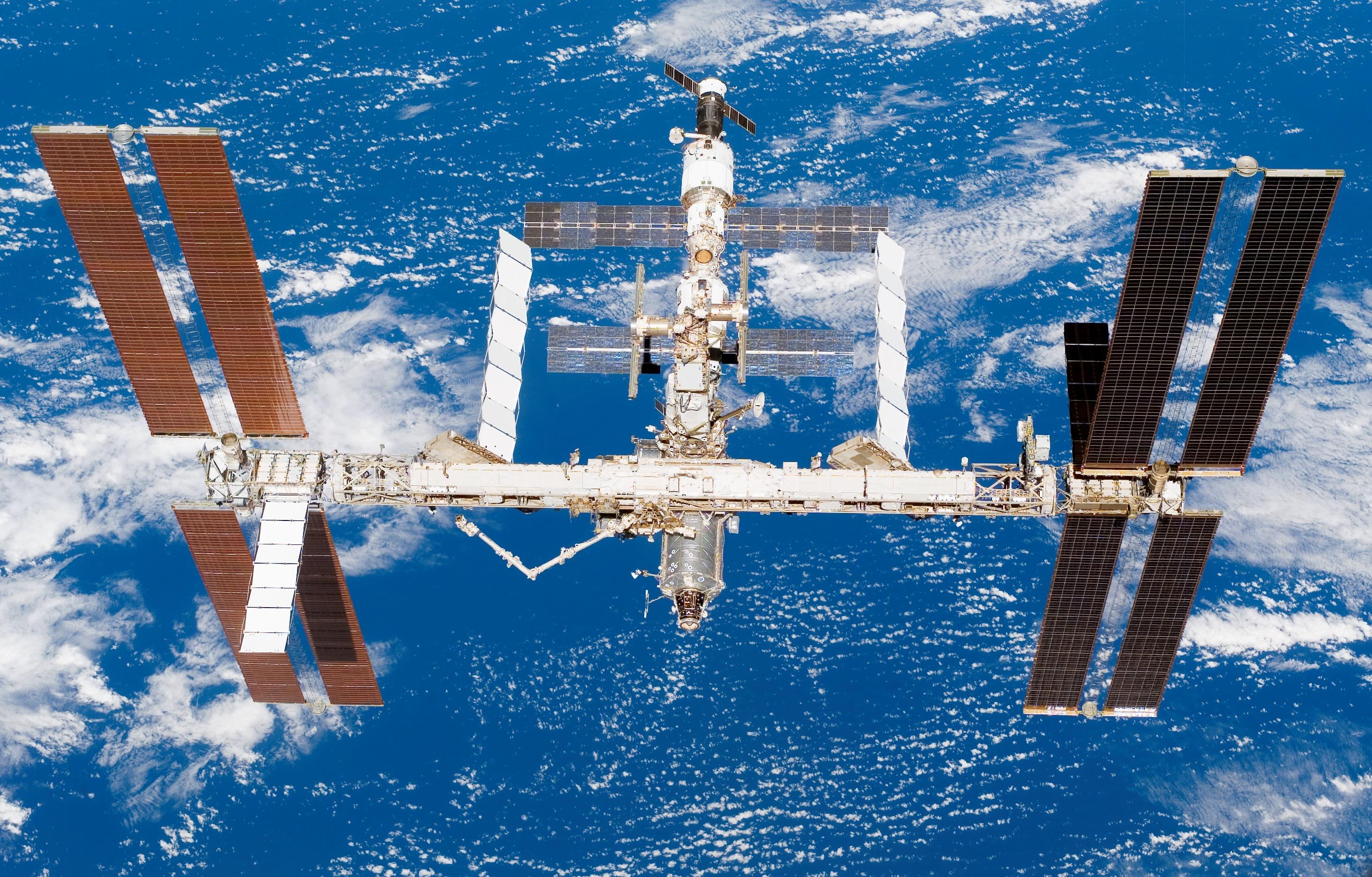 Tim Peake se convierte en el primer hombre en correr una maratón en el espacio