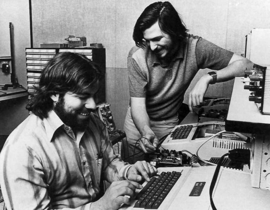 Los grandes pilares de Apple en sus 40 años de vida