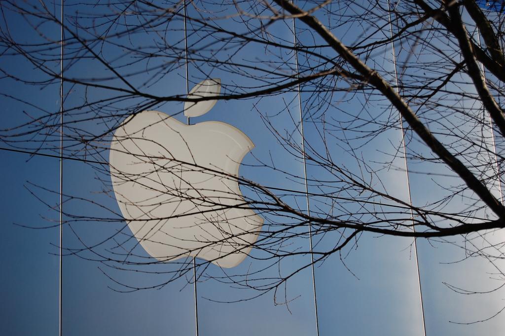 Apple vende menos iPhone, pero gana más que nunca