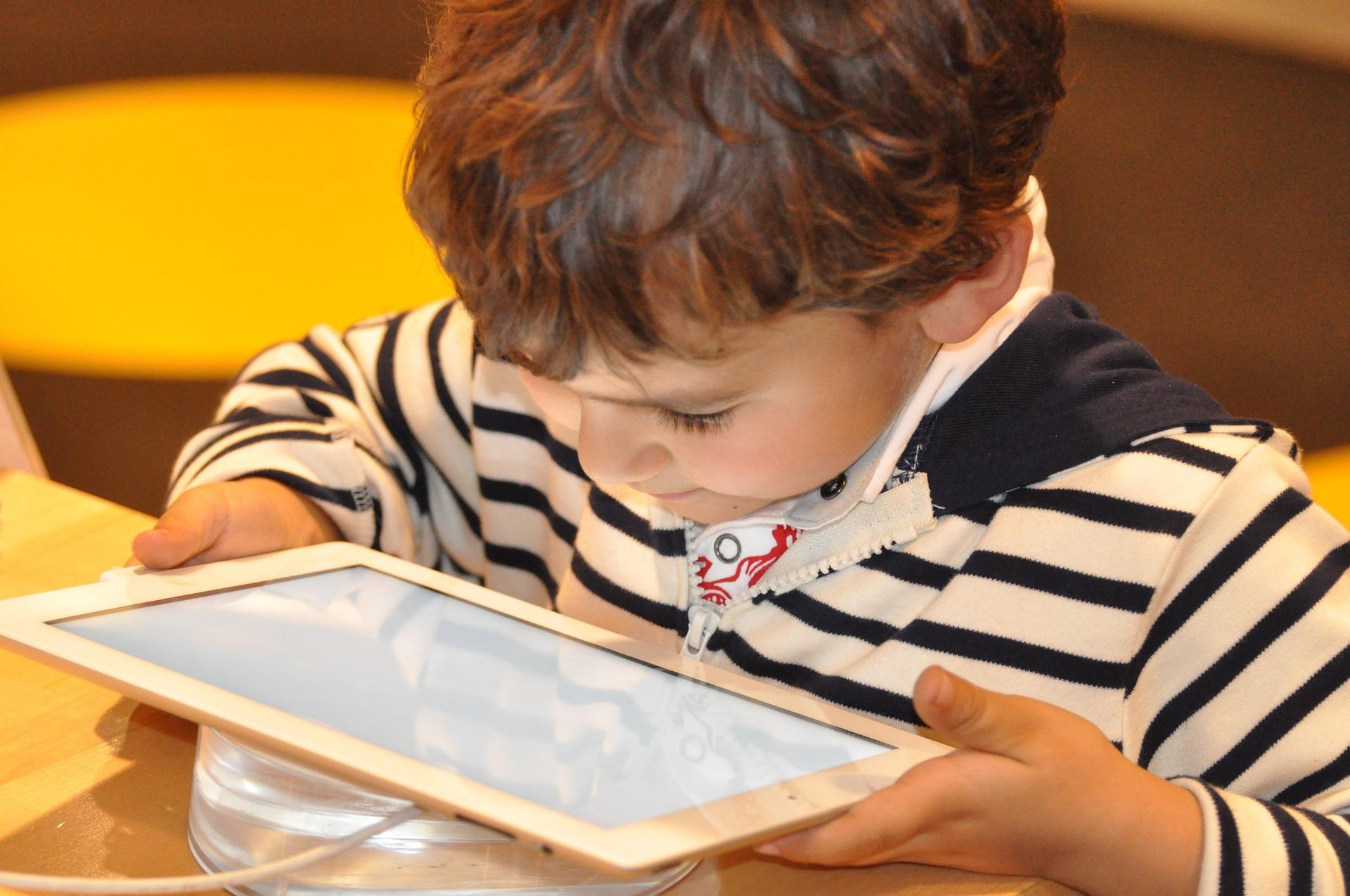 Generación Z: más globales, más digitales y más realistas