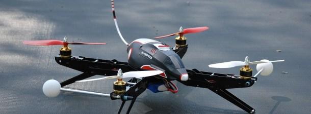 Amazon prueba en Reino Unido el reparto con drones