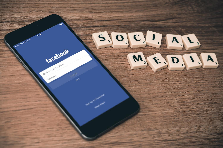 Facebook se reinventa con su nueva red Lifestage