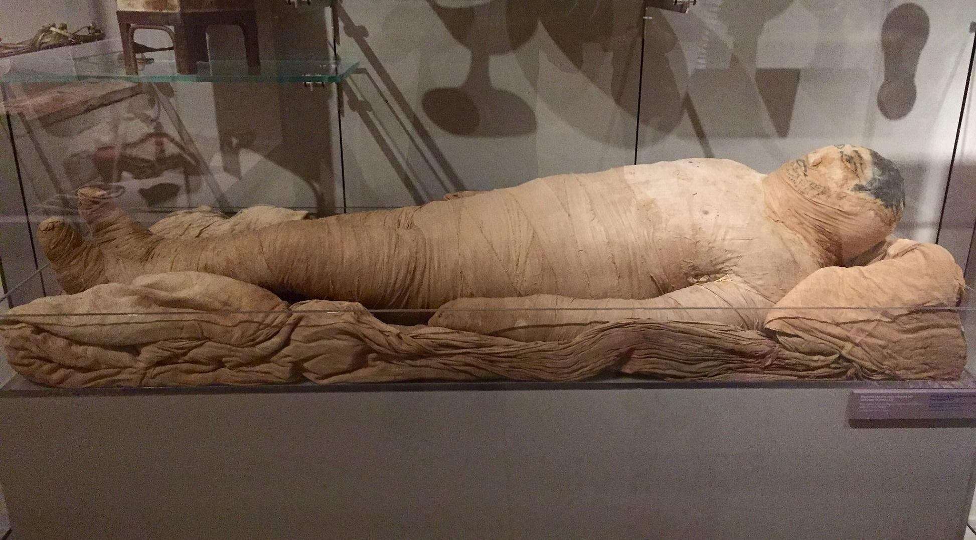Reconstruyen la cara de una momia con escaneado e impresión 3D