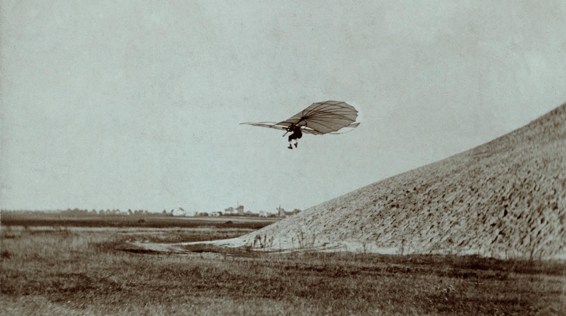 Planeadores, la anticipación de los aviones en el siglo XIX