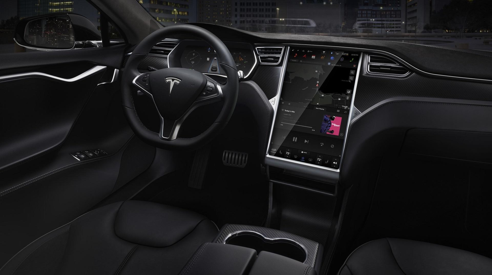 Tesla toma la delantera: busca el nivel  5 de autonomía en 2020
