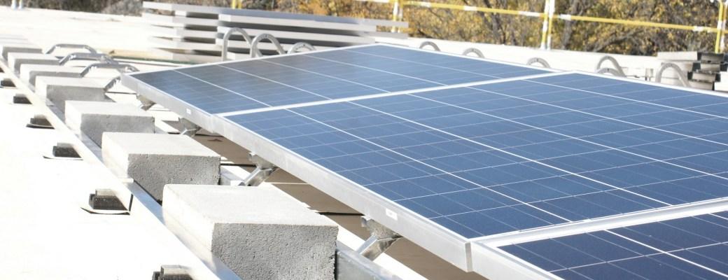 Energía solar supera a la eólica