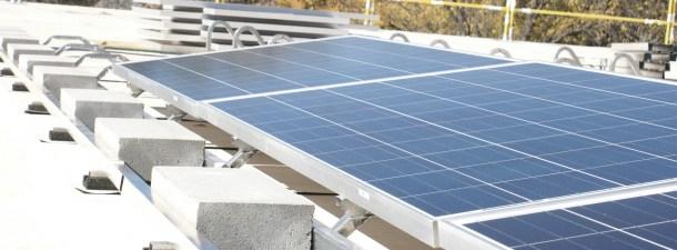 La energía solar supera a la eólica como alternativa limpia más barata