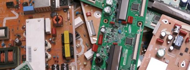 Talleres de reparación, contra la acumulación de chatarra electrónica