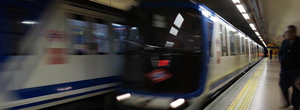 Una app permitirá a los viajeros con movilidad reducida conocer en tiempo real las esperas del Metro