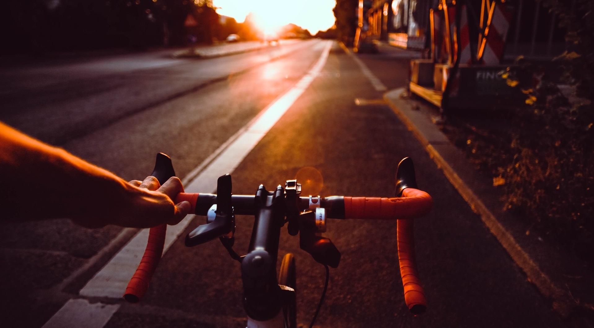 Cómo convertir tu bici en eléctrica cambiándole la rueda