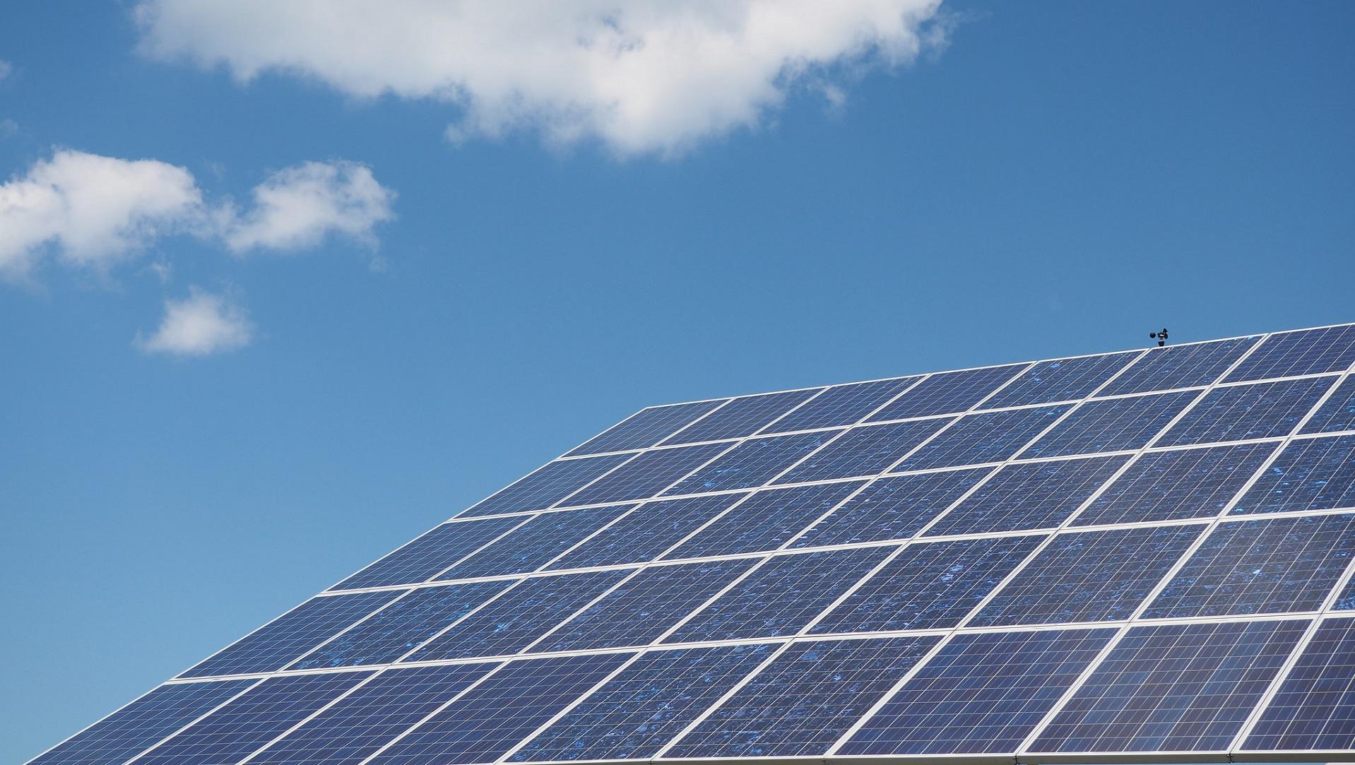 China ha construido la planta solar en el agua más grande del mundo