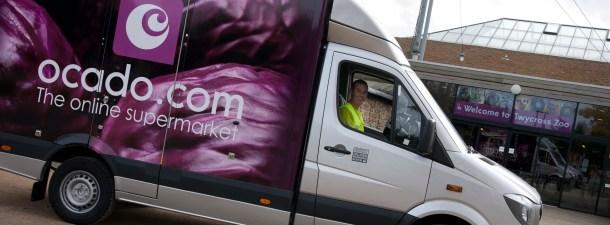 Esta es la primera furgoneta autónoma de reparto de alimentos