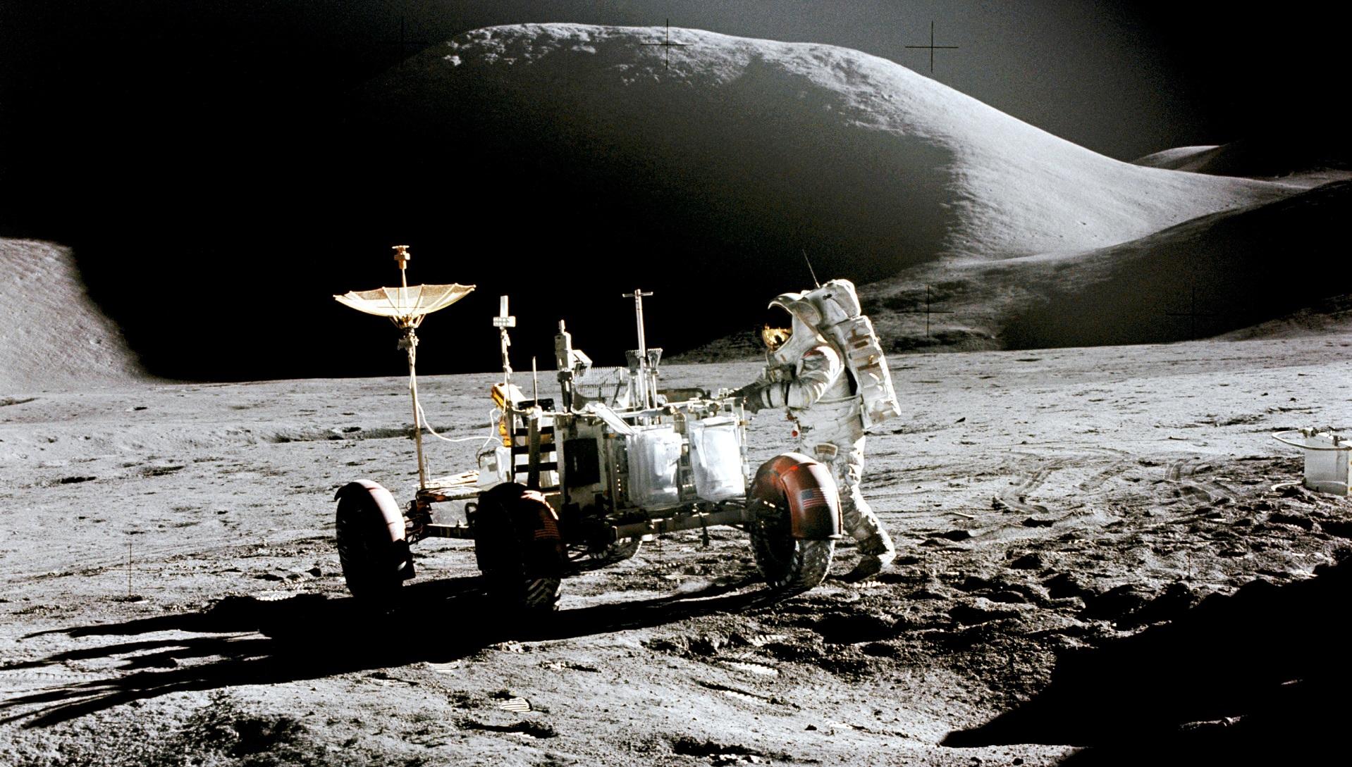 La NASA abre a la investigación las muestras lunares recogidas en las misiones Apolo