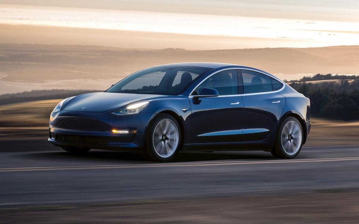 La promesa que Tesla debe cumplir para seguir al frente del coche eléctrico