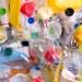 Inventan un plástico ecológico a partir del limón