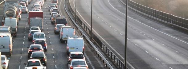 """Reino Unido apuesta por """"túneles"""" que absorben la contaminación"""
