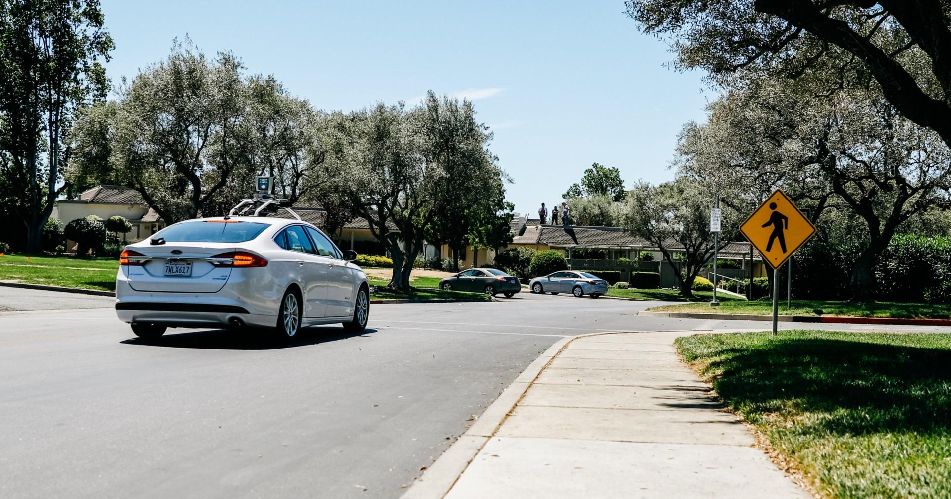 Esta comunidad de jubilados disfrutará de taxis autónomos