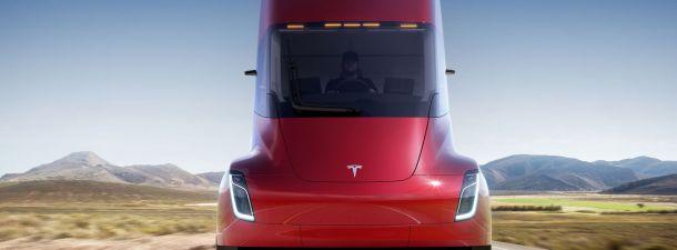 Tesla Semi es el nuevo camión eléctrico con 800 kilómetros de autonomía