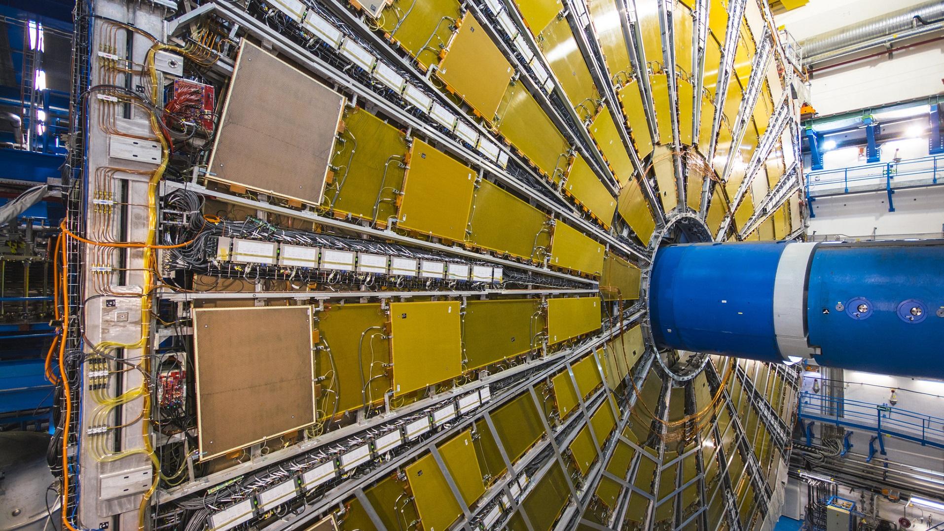 La fusión entre quarks: 8 veces más energética que la fusión atómica
