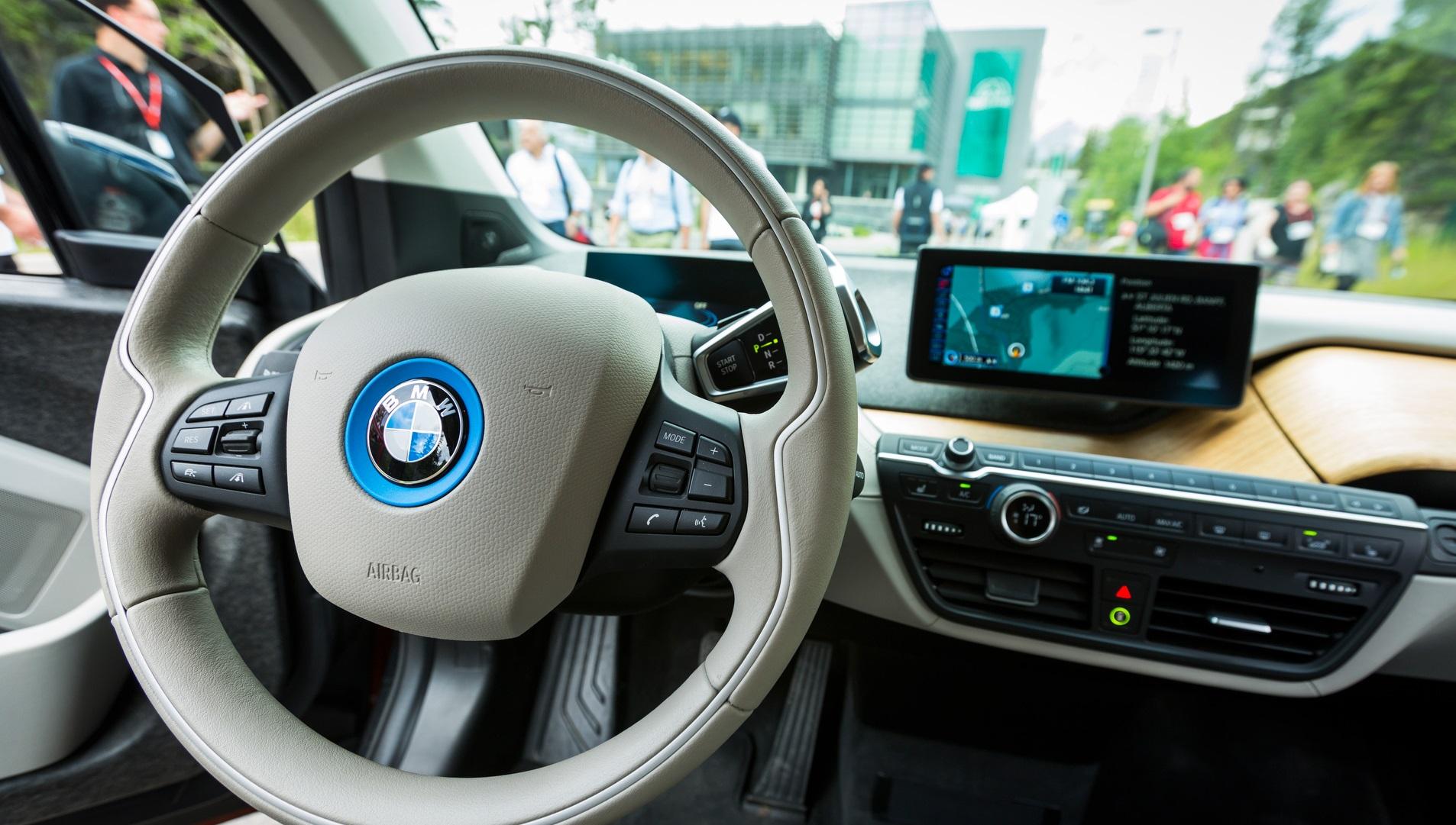 BMW trabaja en coches eléctricos con 700 km de autonomía