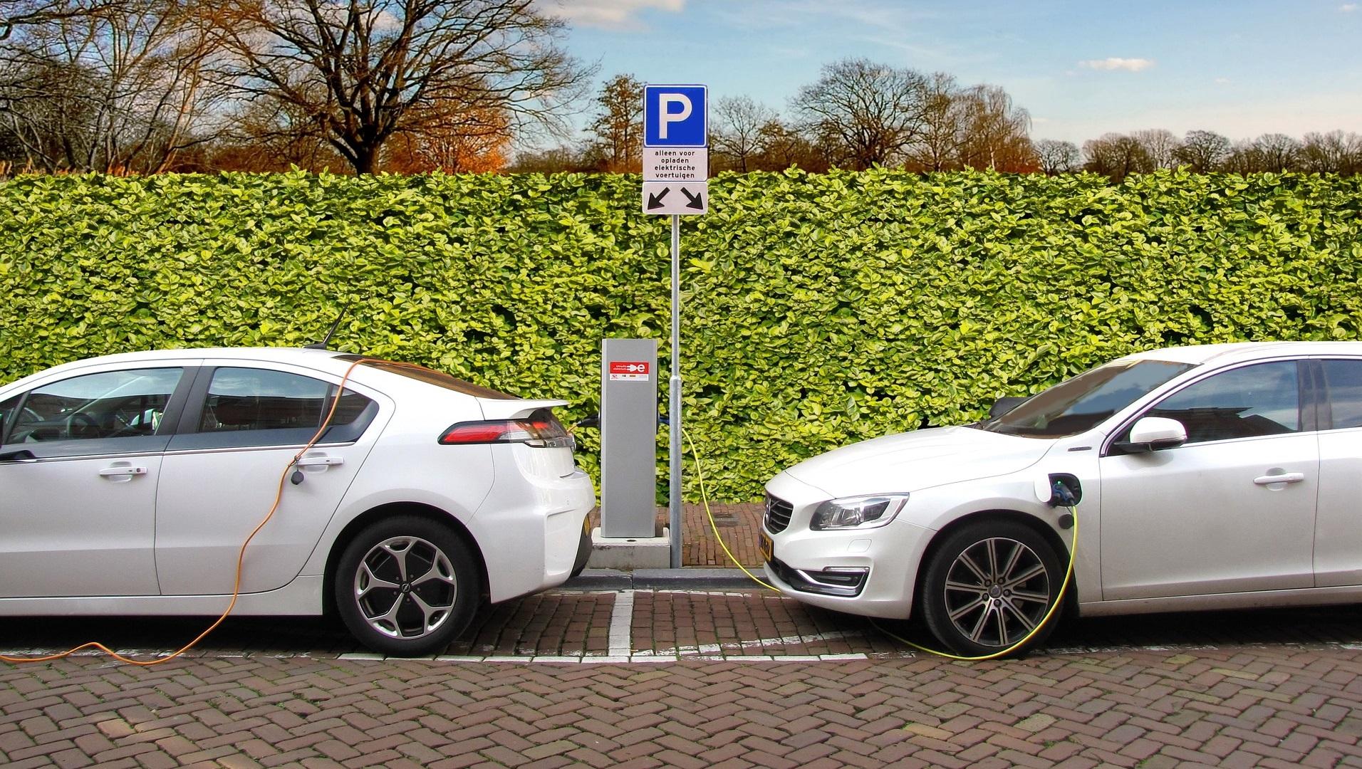 Cómo las ventas de los coches eléctricos en Europa no dejan de crecer
