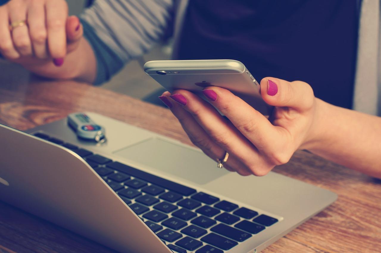 Programa el envío de mensajes de texto y SMS en Android