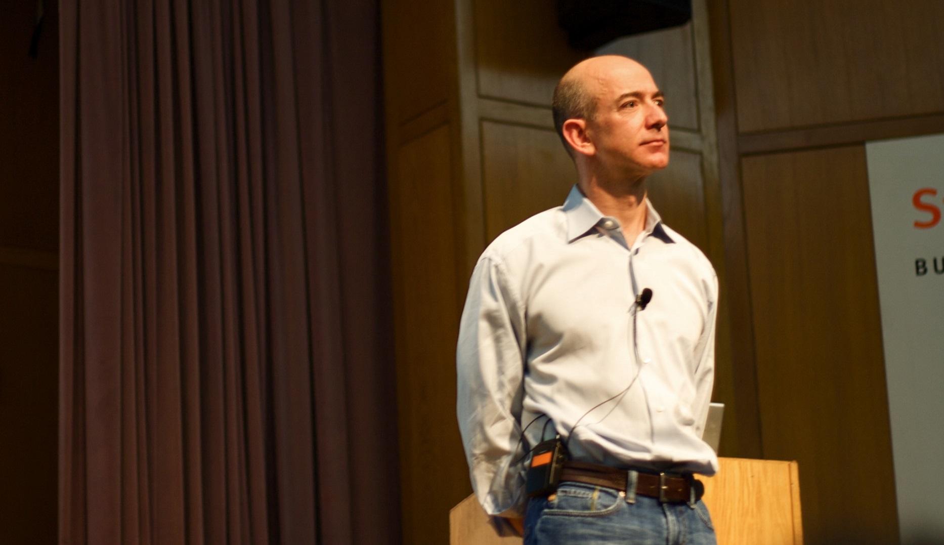 Por qué Jeff Bezos está construyendo un reloj que durará 10.000 años