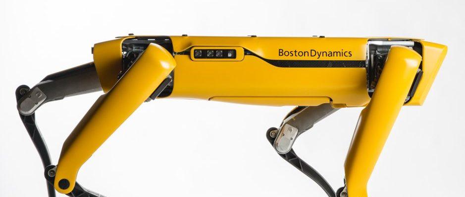 Boston Dynamics fabricará 1.000 perros robóticos al año