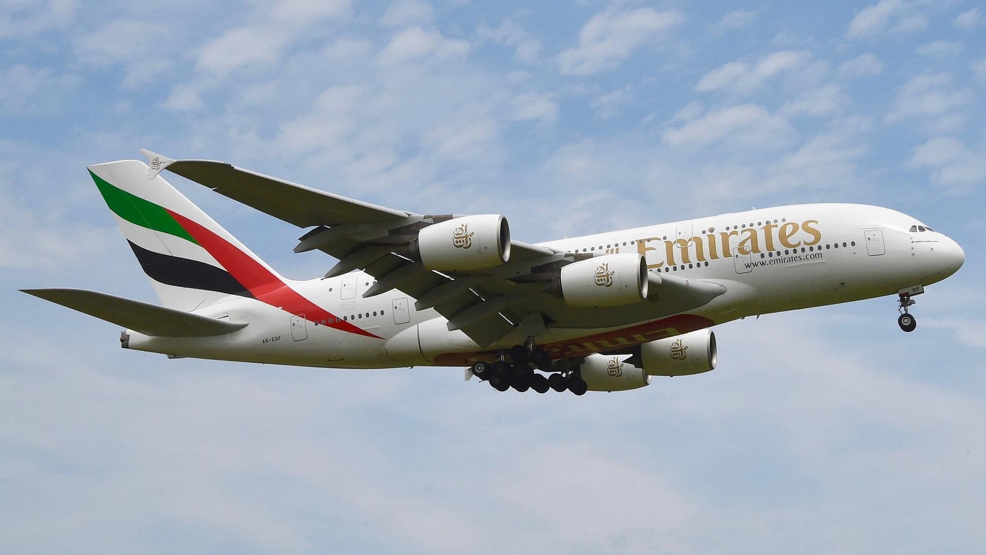 Emirates quiere que los próximos aviones no tengan ventanas