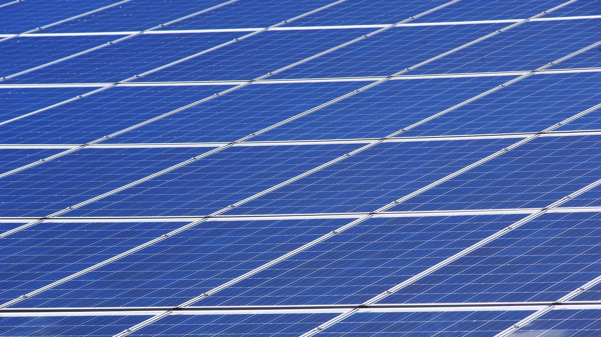 Logran un nuevo récord de eficiencia en paneles solares