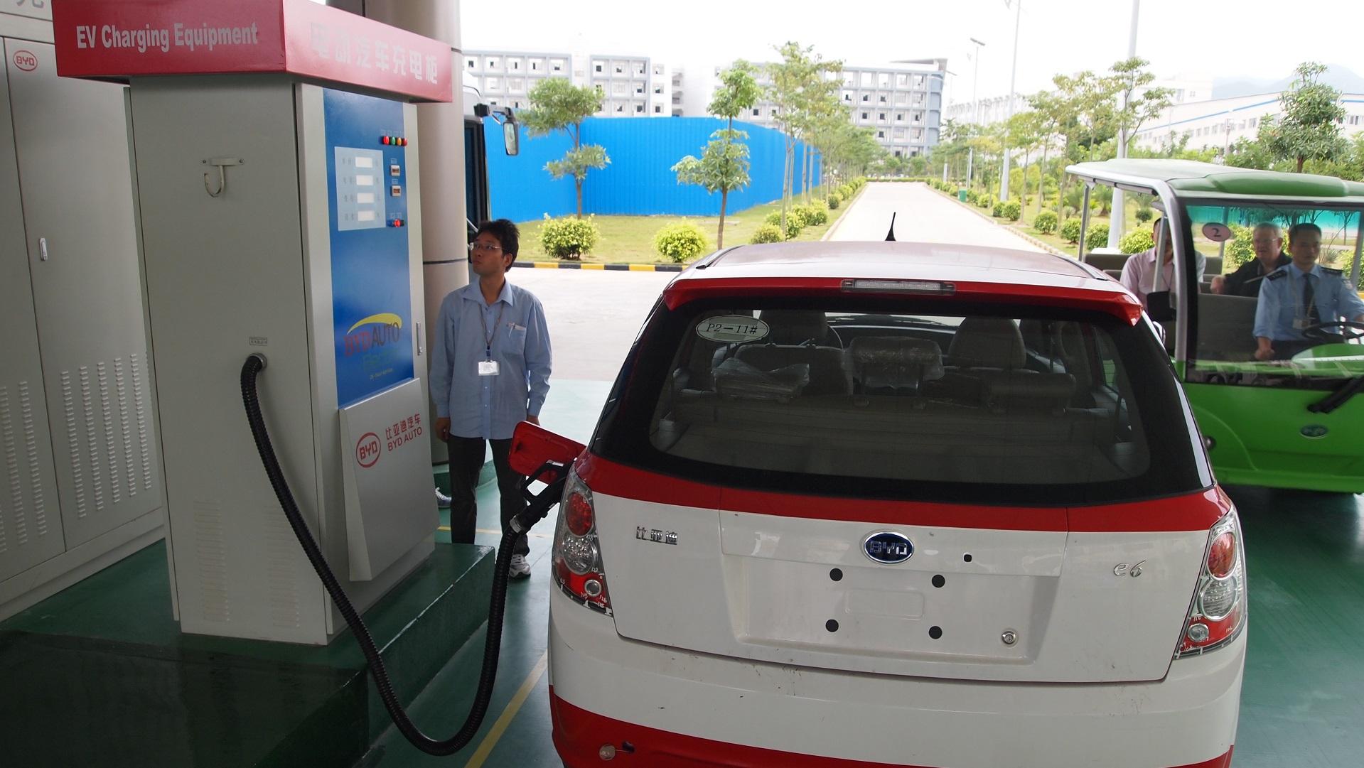 China ya fabrica más coches eléctricos que el resto de países juntos