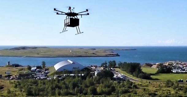Drones reparten