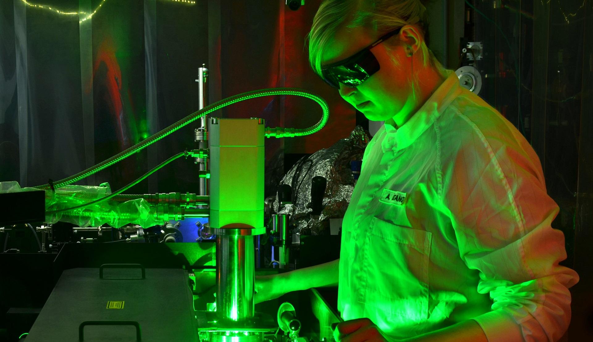 Logran captar el movimiento de los electrones con una cámara