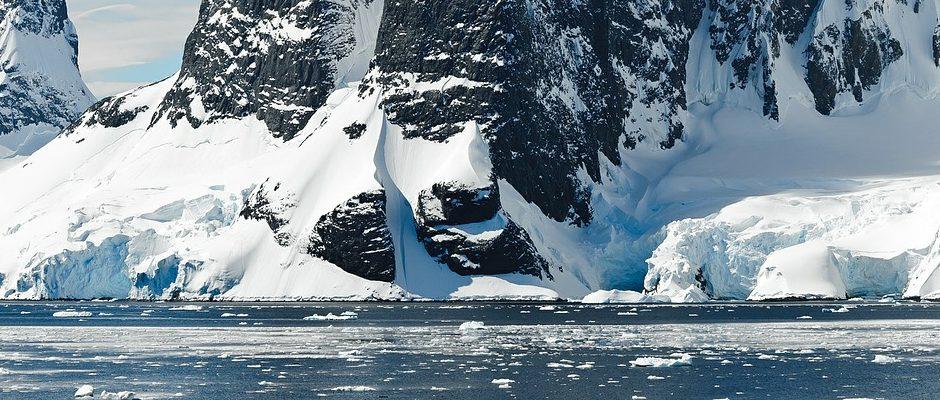 La Antártida, un cementerio con continentes muertos en su interior