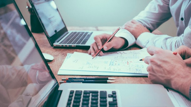 recursos humanos y datos foto personas trabajando