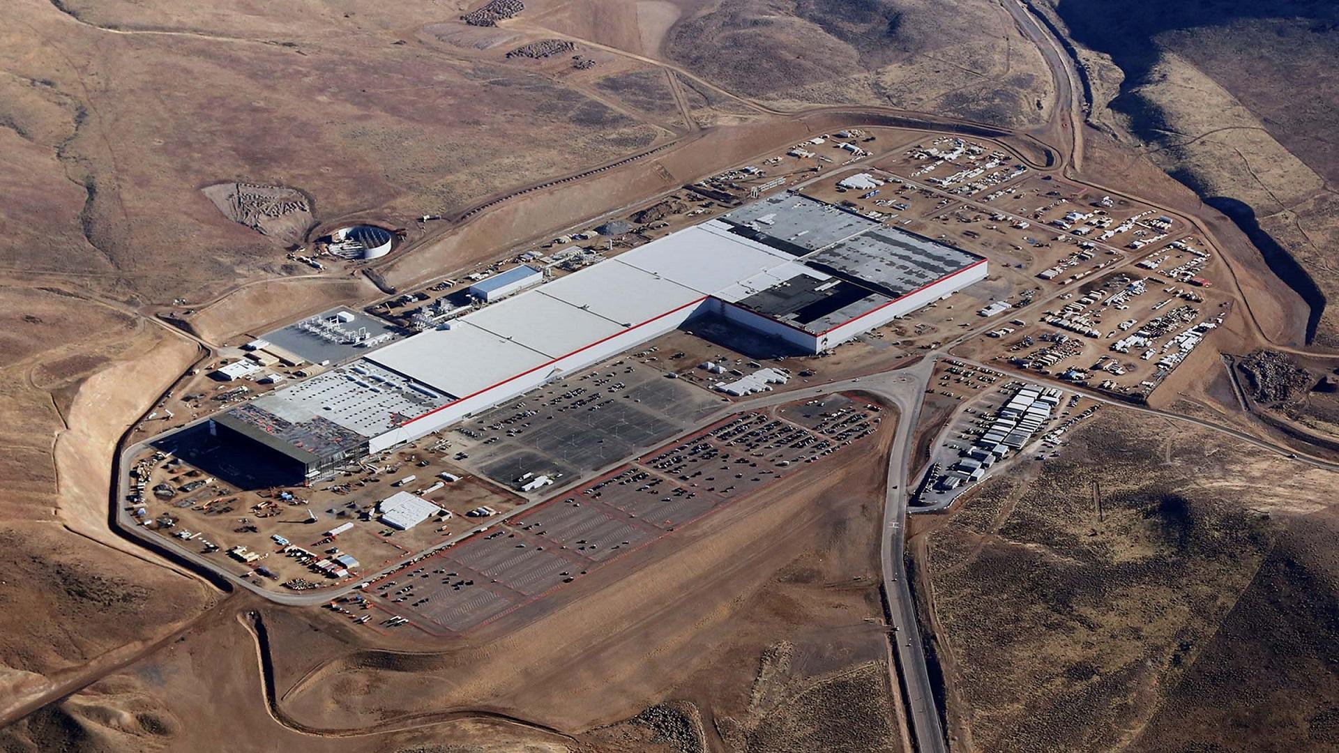 La gigafábrica de Tesla, en busca de récords de producción
